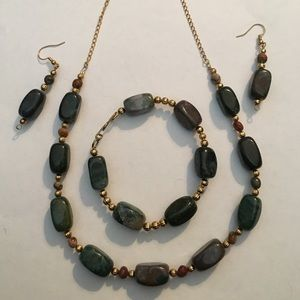 Jewelry - Handcrafted gemstone set w gold accent